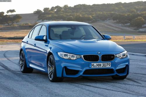 2014-BMW-M3-F80-Yas-Marina-Blue-Limousine-F30-06-655x436
