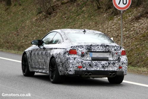2014-BMW-M4-rear-2-2