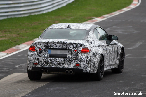 2014-BMW-M4-rear-side-4-2