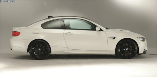 BMW-M3-Coupé-Frozen-Limited-Edition-USA-2013-White1-655x324-2