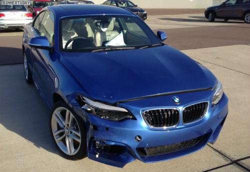 BMW-2er-M-Sportpaket-F22-Estorilblau-Live-Fotos-RHD-5-655x452
