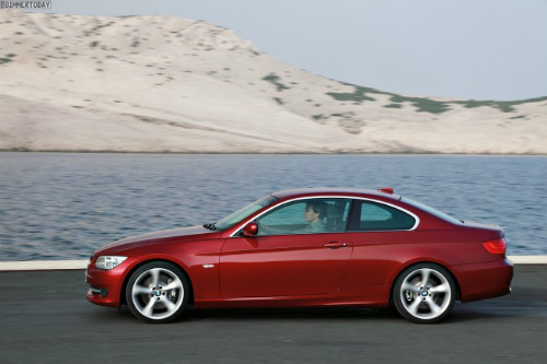 BMW-3er-Coupe-E92-LCI-2011-03-655x436