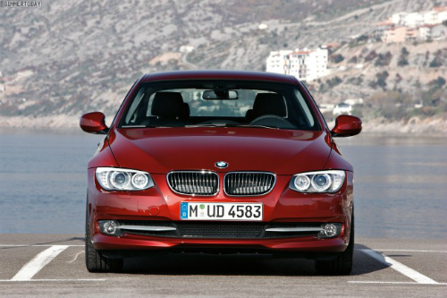 BMW-3er-Coupe-E92-LCI-2011-04-655x436