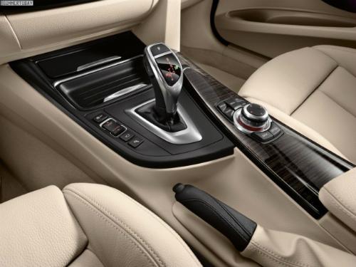 BMW-3er-GT-F34-Gran-Turismo-Genf-2013-Innenraum-02-655x491
