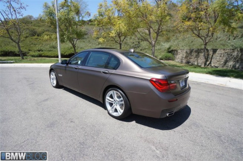 BMW-Frozen-Bronze-Metallic-7er-F02-LCI-2013-matt-USA-10-655x434-2