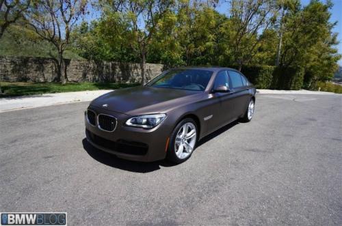 BMW-Frozen-Bronze-Metallic-7er-F02-LCI-2013-matt-USA-11-655x434-2