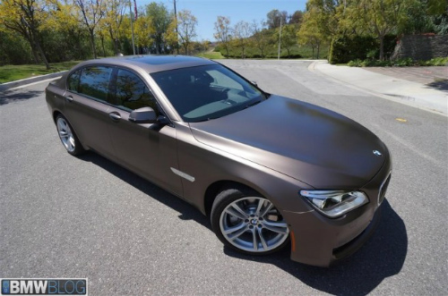 BMW-Frozen-Bronze-Metallic-7er-F02-LCI-2013-matt-USA-15-655x434-2