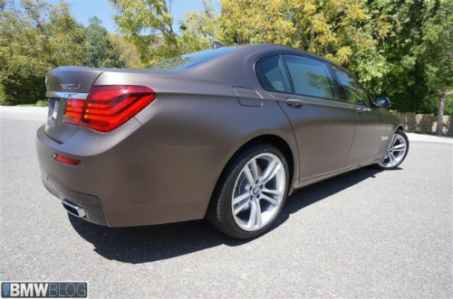 BMW-Frozen-Bronze-Metallic-7er-F02-LCI-2013-matt-USA-16-655x434-2