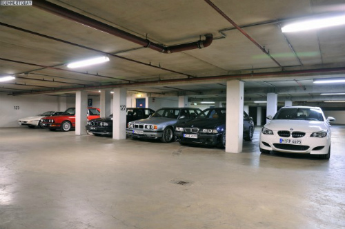 BMW-M-Garage-Garching-11-655x435-1