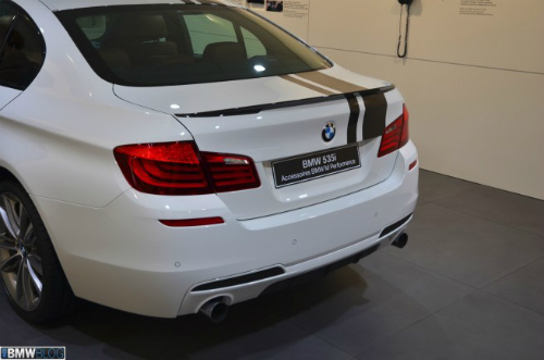BMW-M-Performance-5er-F10-Tuning-Zubehoer-Genf-2013-14-655x433-2