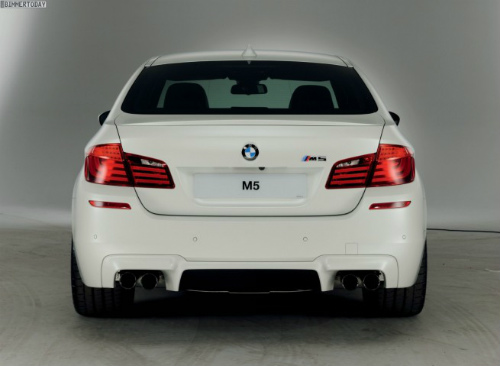 BMW-M5-M-Performance-Edition-2012-Sondermodell-UK-11-655x479-1