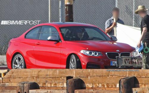 BMWm235i_cdauto_51613_7-2