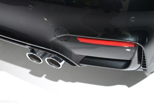 bmw-m4-black-detroit-auto-show35-1024x683