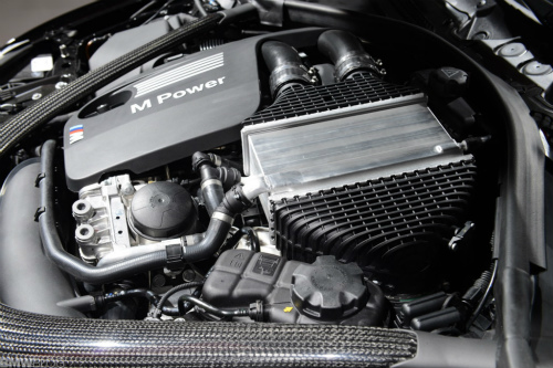 bmw-m4-black-detroit-auto-show48-1024x683