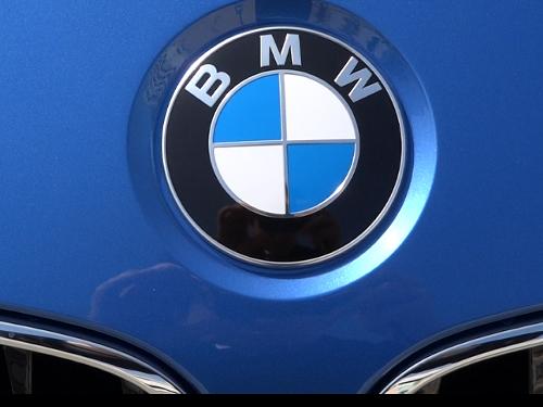 bmw899